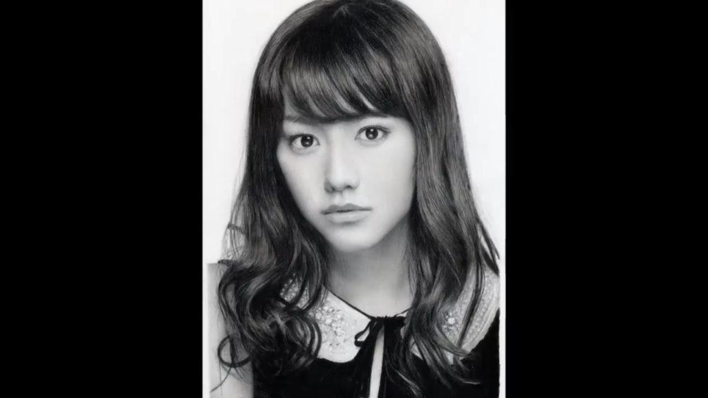 桐谷美玲肖像画