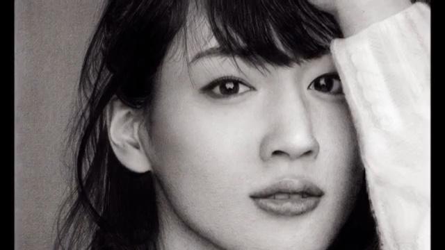 铅笔画肖像-绫濑遥
